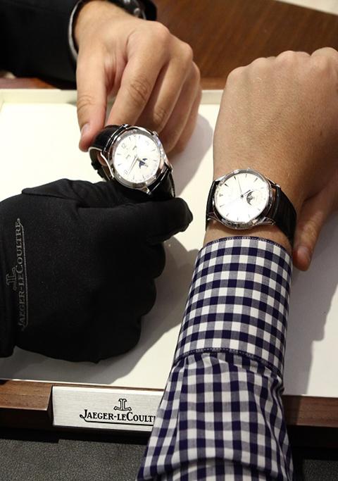 Сломанных часов выкуп в новосибирске ломбард продам